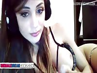 Shemale Striptease And Show Her Cock - ShemaleDreamCams.Com